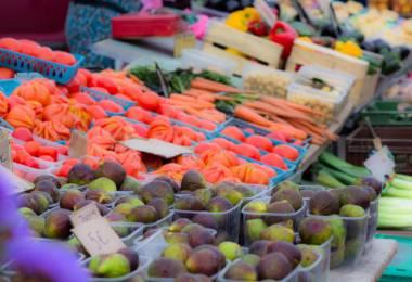 Petit marché des producteurs locaux