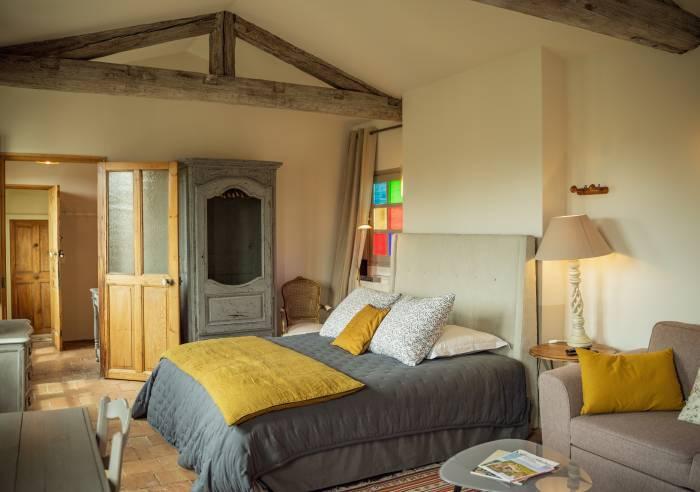 Les jardins de baracane chambre d 39 h tes chambre d for Chambre hote avignon