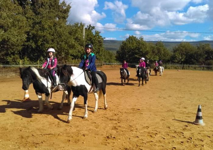 Equestrian centre le Poney Rouge
