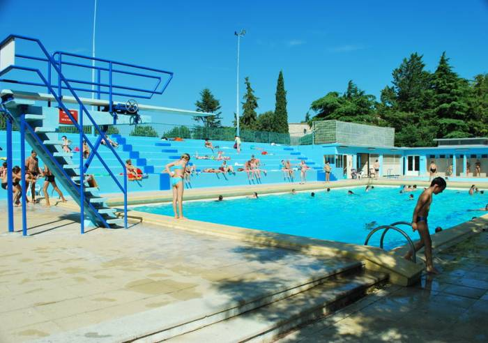 Piscine municipale d 39 t de vaison la romaine sport for Piscine municipale